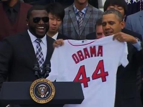 'Big Papi' Snaps Selfie with Obama