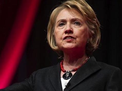 Object Thrown at Hillary Clinton During Las Vegas Speech