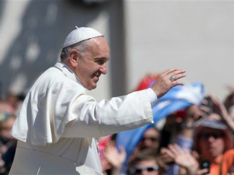 Pope Francis Greets Easter Tourists