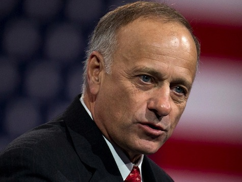 Steve King: Dems Pushing For 'Amnesty Mercenaries' in US Military