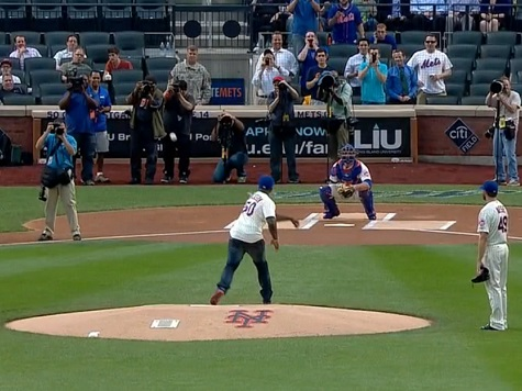 Rapper 50 Cent Throws Terrible Opening Pitch