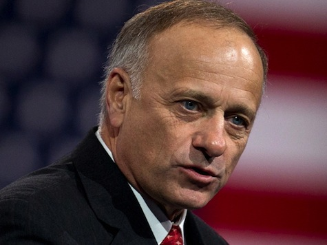Steve King Challenges Schumer to a 'Duel'