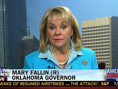 Oklahoma Governor Told About Illegals 'Through the Media'