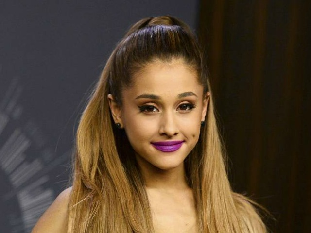 Ariana Grande: Leaked Nude Photos Are Fake, Not Me