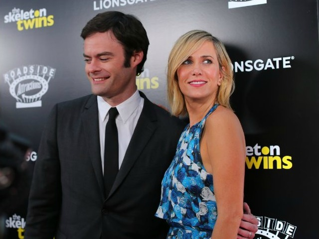 Kristen Wiig, Bill Hader Mock Interviewer for Not Seeing Their Film
