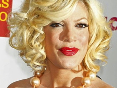 Report: Tori Spelling Quarantined Like an Ebola Patient