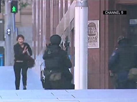 Watch: Five Sydney Hostages Escape