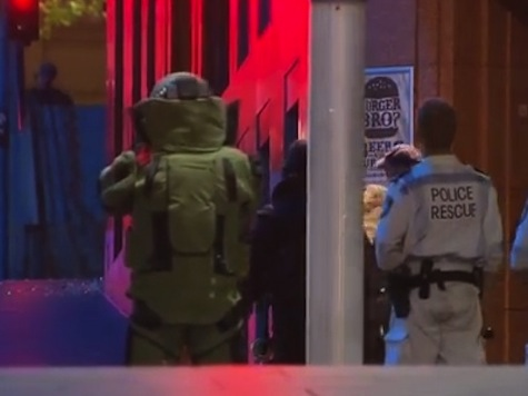 Sydney Siege Ended as Police Storm Cafe to Free Hostages