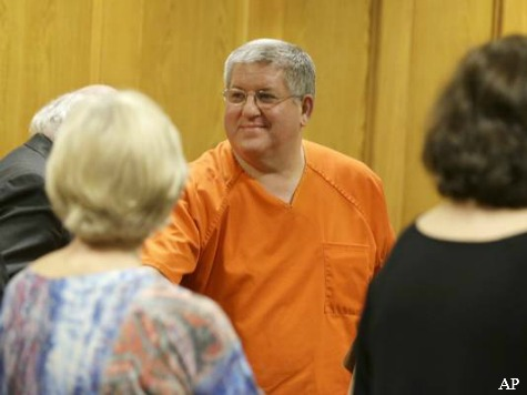 Murdering Mortician Freed After Hollywood Assist in Texas