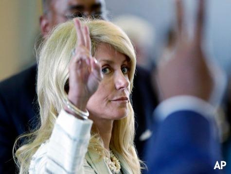 Wendy Davis Campaign Blames Loss on Ebola
