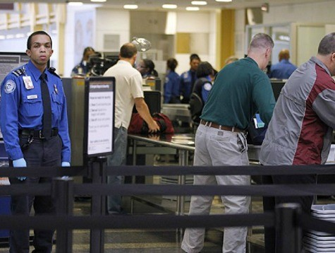 EXCLUSIVE: TSA Allowing Illegals to Fly Without Verifiable ID, Says Border Patrol Union
