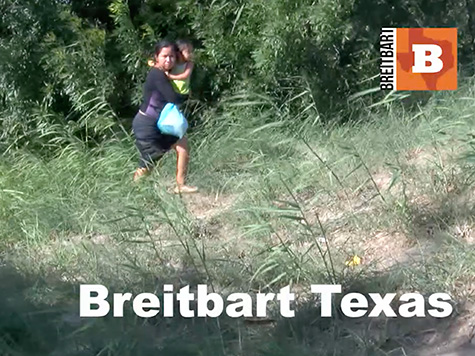 Caught on Tape: Coyote on Jet Ski Smuggles Mother and Child into Texas
