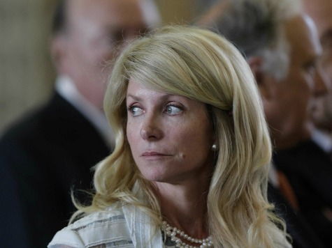 Wendy Davis' Book Tour Accused of Violating Texas Campaign Finance Laws