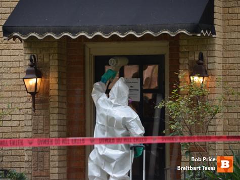 Texas Ebola Apartment Decontamination Underway