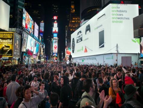 Protesters Gather in New York, Block Manhattan Bridge