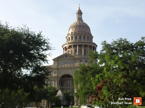 Texas House Democrat's Bill Could Impact Hiring of Illegal Immigrants