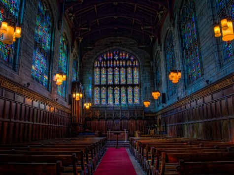 UC Removes Pews from Chapel to Accommodate Muslim Students