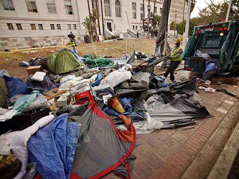 Destroyed by Occupiers, LA Unveils New $550,000 City Hall Lawn
