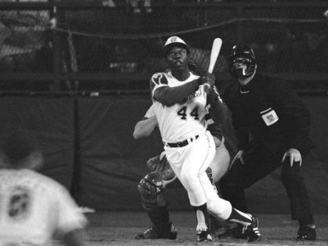 LISTEN: Vin Scully Calls Hank Aaron's 715th Home Run