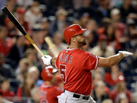 Albert Pujols Hits 500th HR in MLB