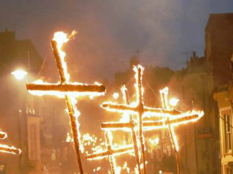 Police: Man Sets Himself on Fire Displaying a Burning Cross