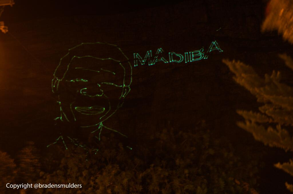 Giant Laser Image of Mandela on South Africa's Table Mountain