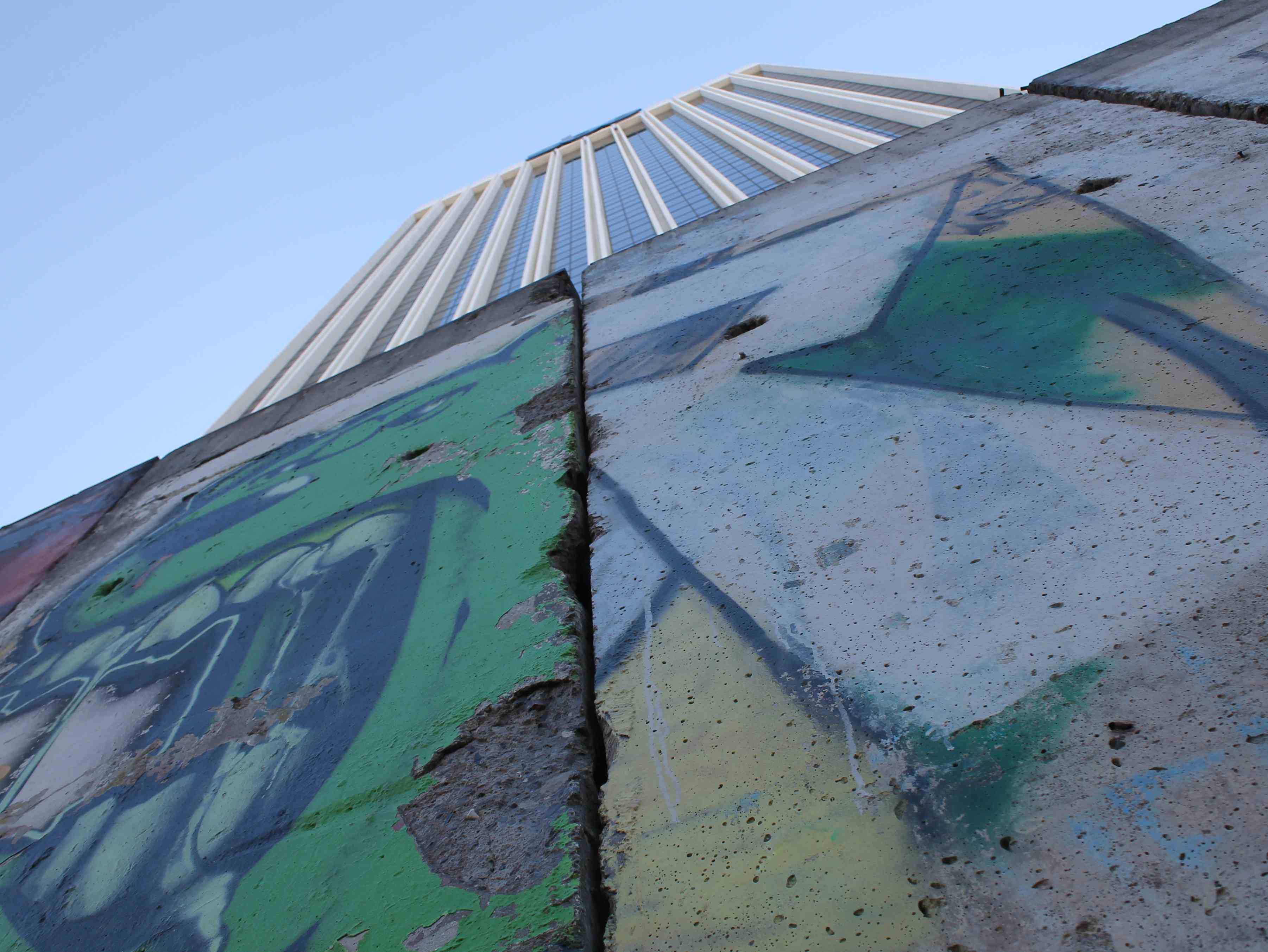 A Quiet 25th Anniversary for the Berlin Wall in L.A.