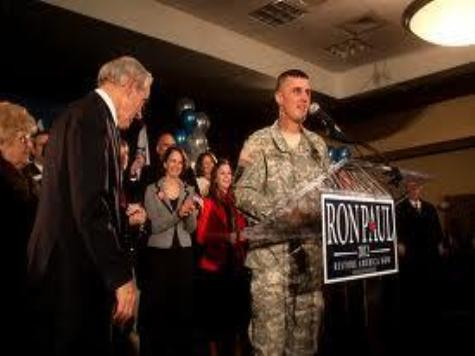 Ron Paul Rally Soldier Found in Violation by Defense Dept.