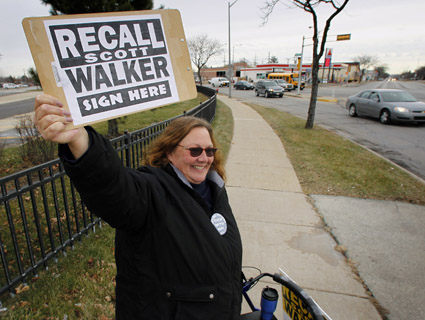 Wisconsin Journalists Signed Walker Recall Petitions